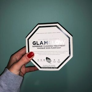 GlamGlow SuperMud Clearing Treatment Mask
